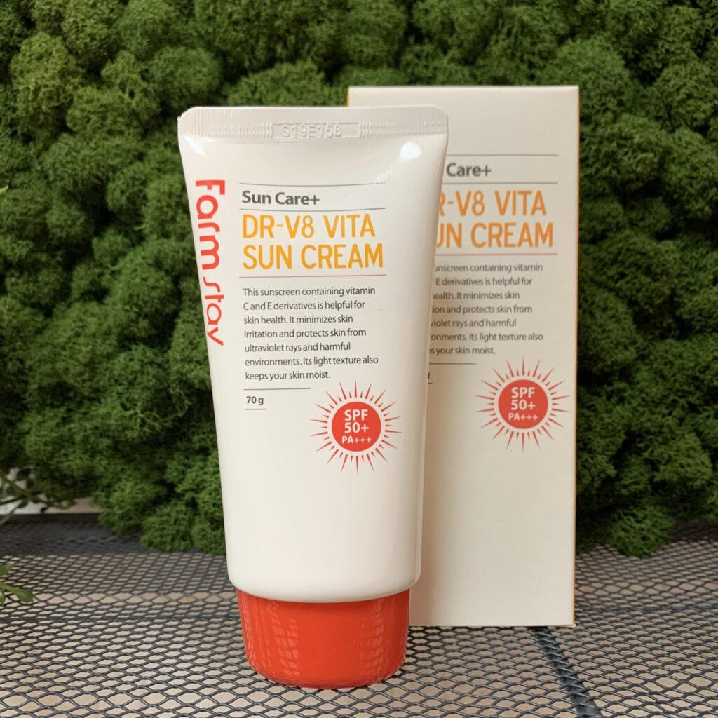 Витаминизированный солнцезащитный крем FarmStay Dr-V8 Vita Sun Cream Spf50/pa+++
